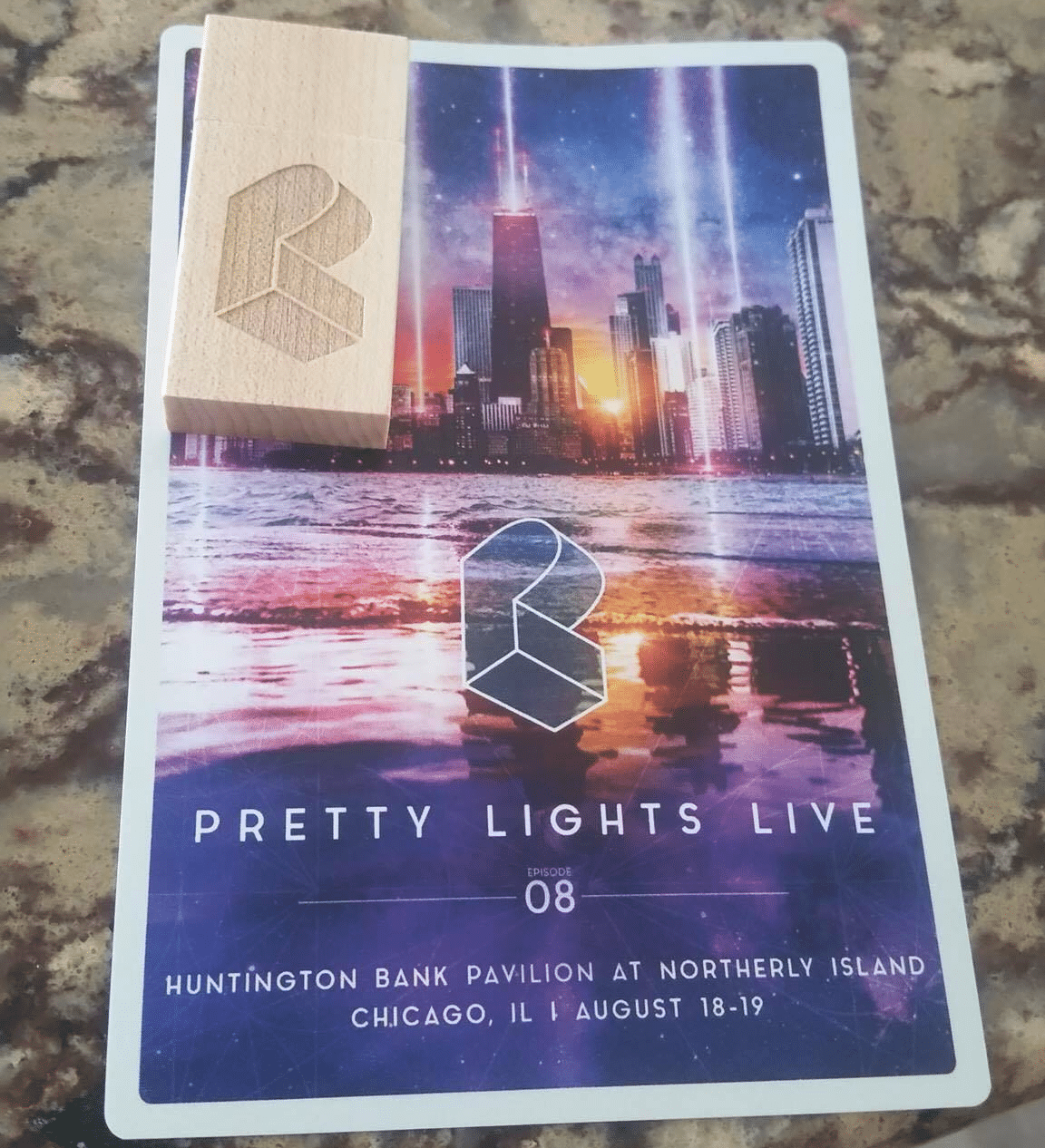 Pretty Lights just mailed hardcore fans USB drives full of unreleased musicPlflip